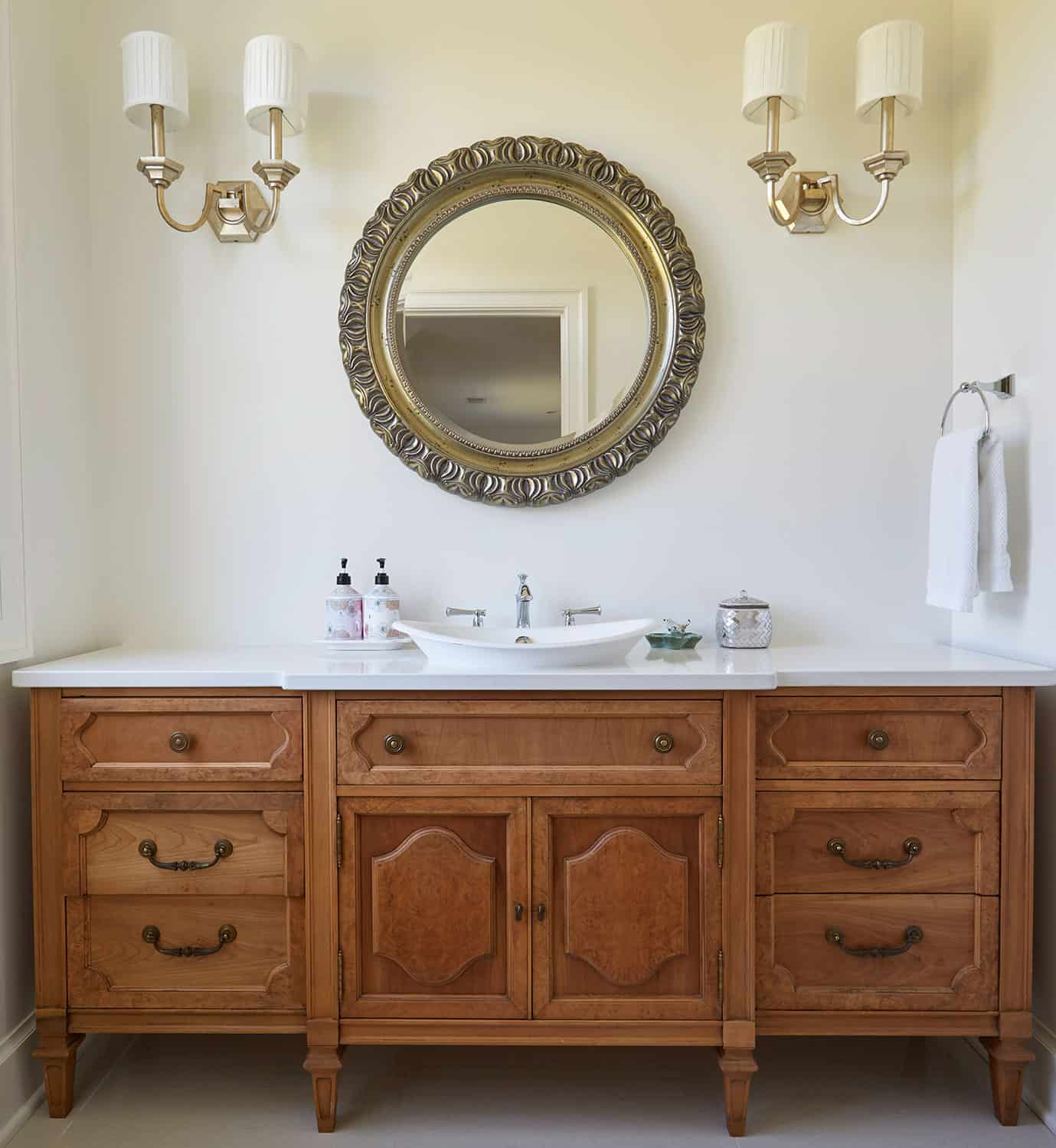 furniture-style-vanity-ornate-mirror