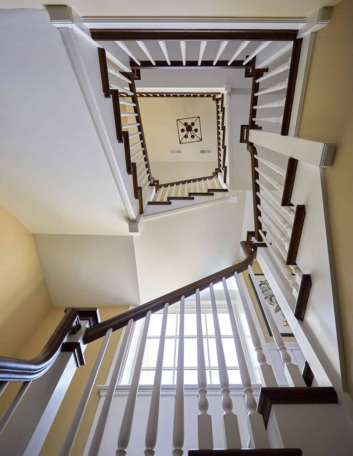 oak-treads-handrail-white-painted-balusters